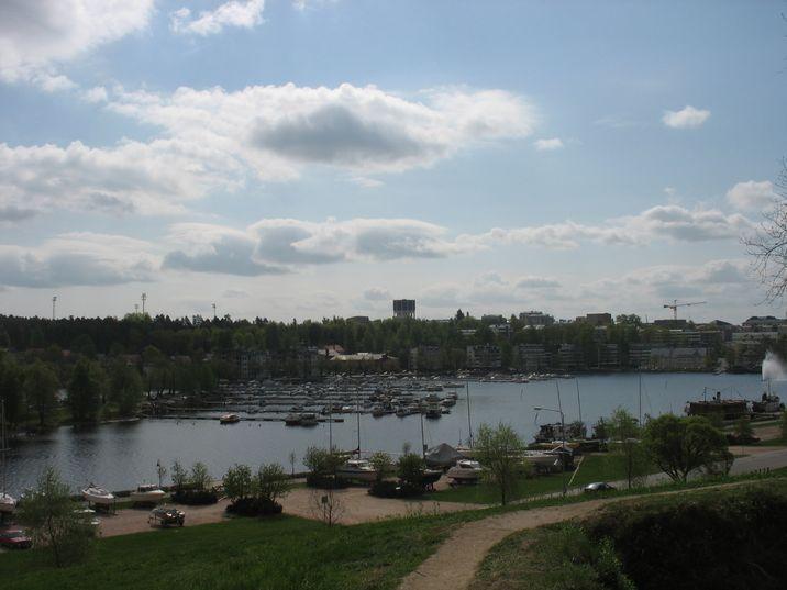 http://not.textual.ru/zverik/photos/finland1005/IMG_5992.JPG